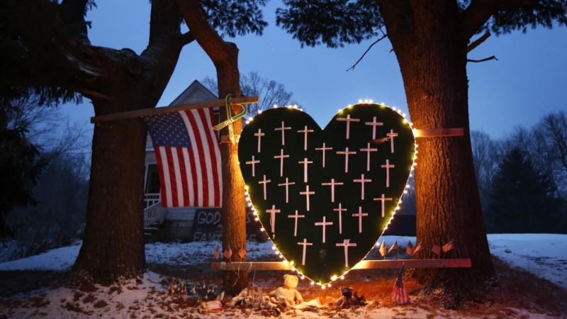 Arts Bring Healing After Tragedy in 'Midsummer in Newtown'