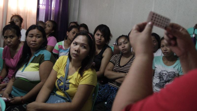 Philippines to Offer Free Contraceptives to Poor