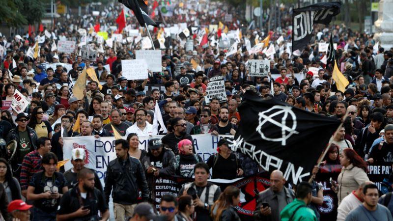 Mexico's Pemex: Protests Cause 'Critical' Border City Fuel Shortage