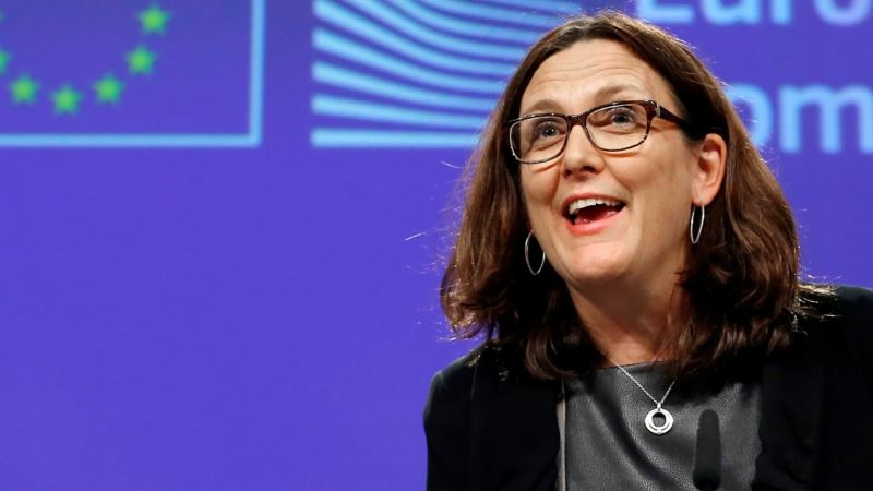 EU Trade Chief: Courting of EU on Trade Grows as US Withdraws