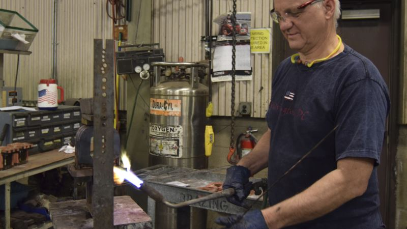 US Manufacturing, Construction Sectors Shine As Year Ended