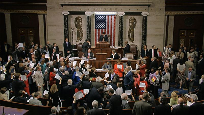 Congress Divided on Restricting, Embracing Social Media