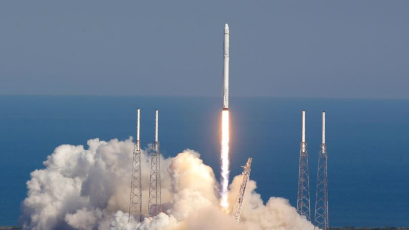 SpaceX Aims for Jan. 8 Return to Flight with Falcon Rocket