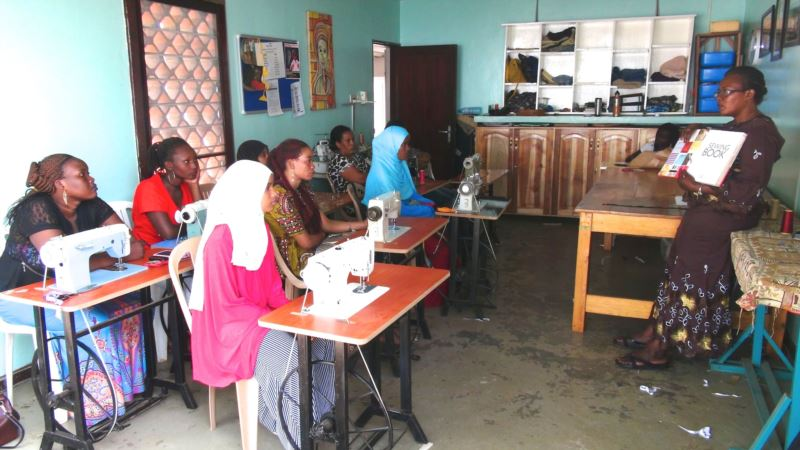 South Sudanese Refugees in Kampala Learn How to Make a Living