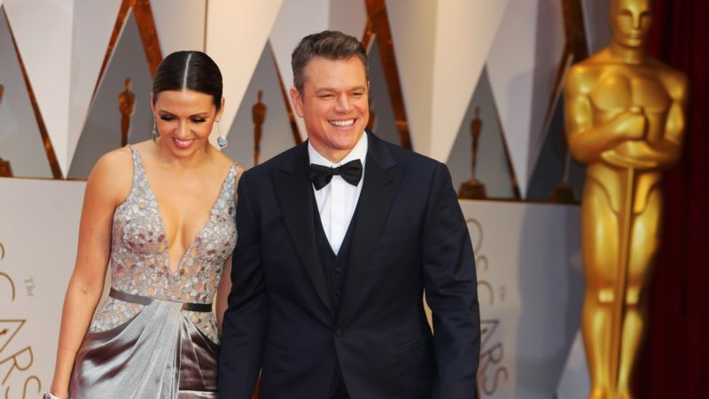 Fans and Film Stars Ready for Hollywood's Big Night: Oscars
