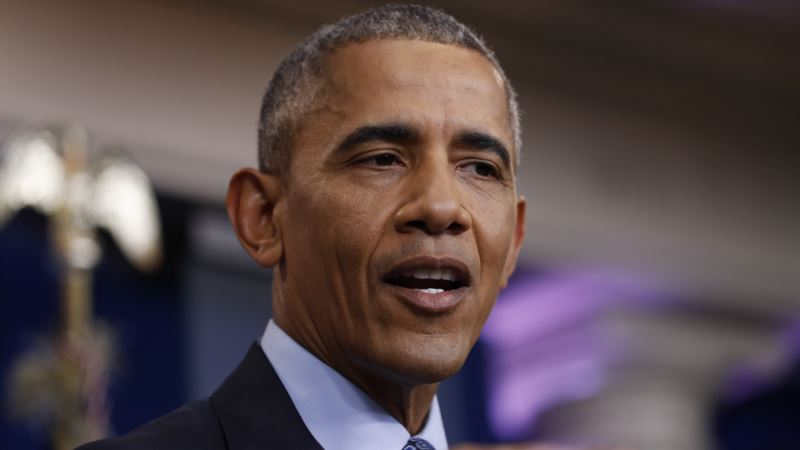 Obama Hires Agency for Speaking Gigs, Lawyers for Book Deals