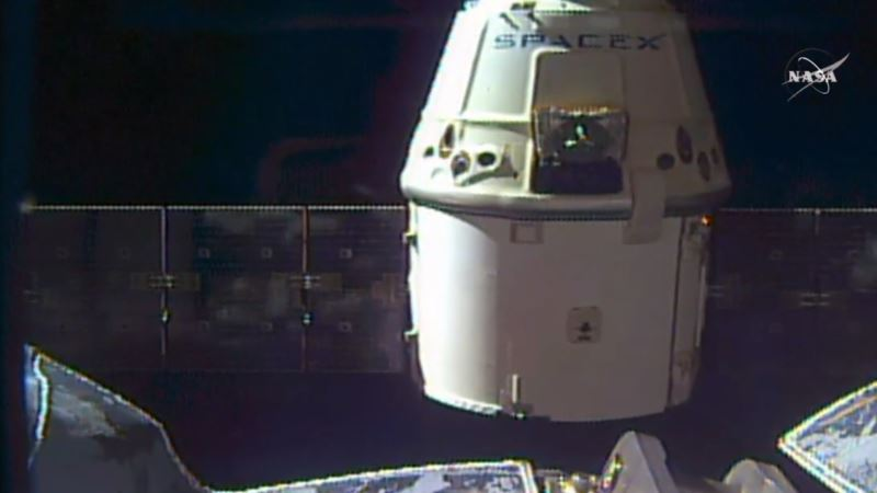 SpaceX Makes Good on Space Station Delivery a Little Late