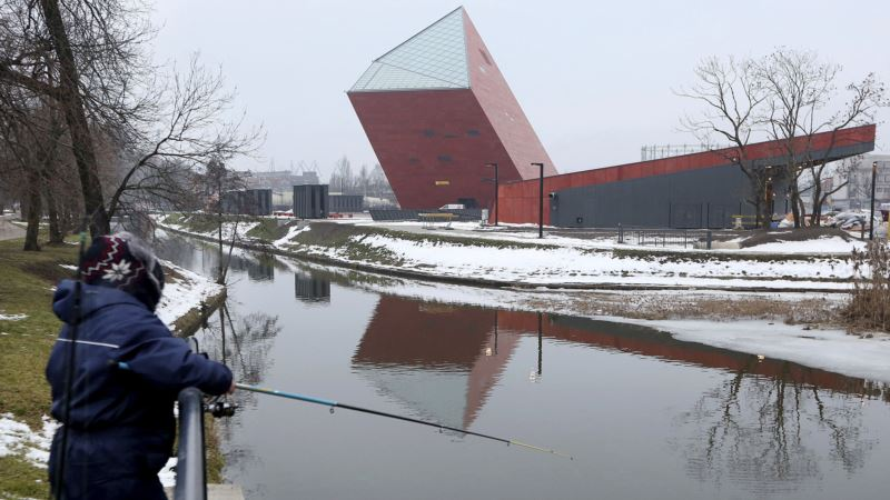 Poland's WWII Museum Opens Amid Uncertain Future