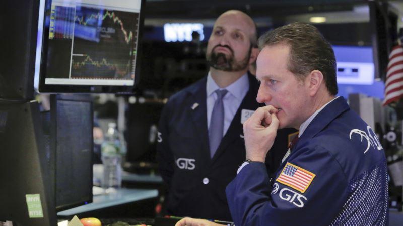 Stocks Falter as US Health Care Squabble Worries Investors