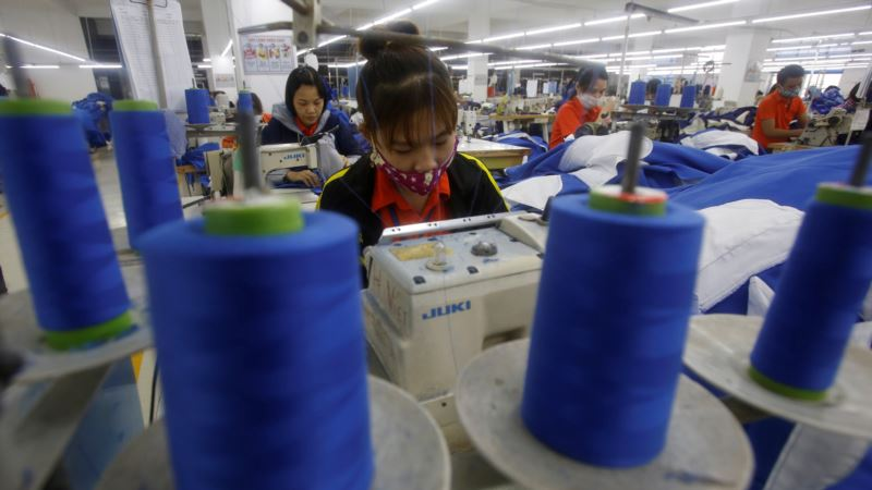 Vietnam to Test Trump on Signing Solo Trade Pacts