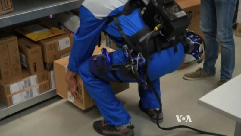 Exoskeleton Makes Lifting Easier