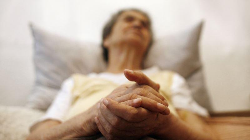 Improved Sleep May Help Elderly Ward Off Diseases