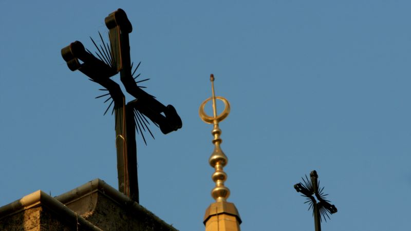 Muslims Expected to Rival Christians for Most Believers by 2060