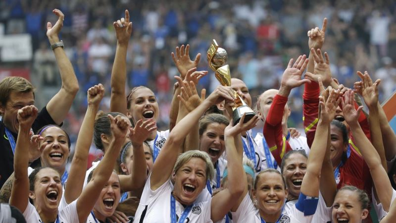 US Women's Soccer Team Gets New Contract