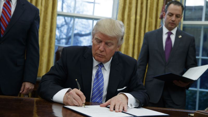 On 100th Day in Office, Trump to Focus on Trade