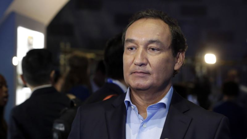 United Airlines CEO: Forced Removal of Passengers Will Never Happen Again
