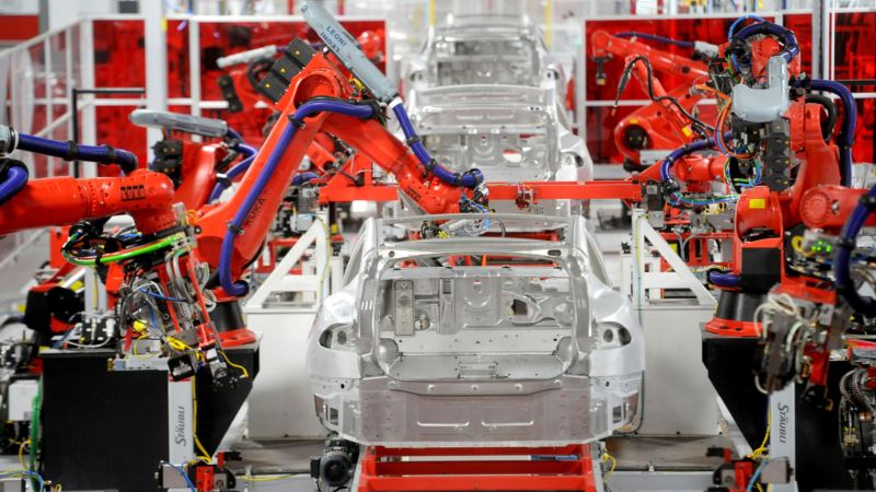 Tesla' Big Model 3 Bet Rides on Risky Assembly Line Strategy
