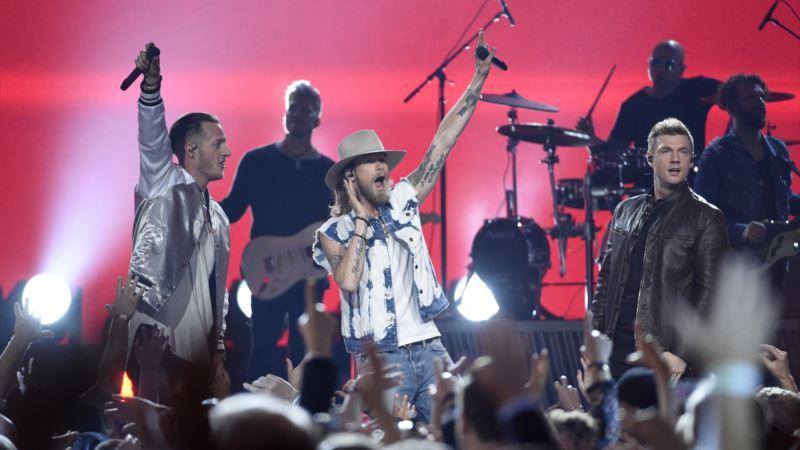 Energetic Backstreet Boys Bring Nostalgia to ACM Awards