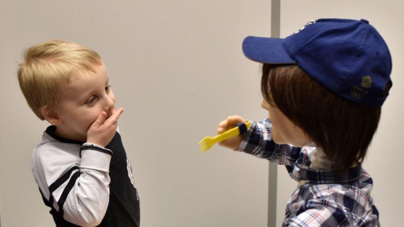 British Robot Helps Autistic Children With Social Skills