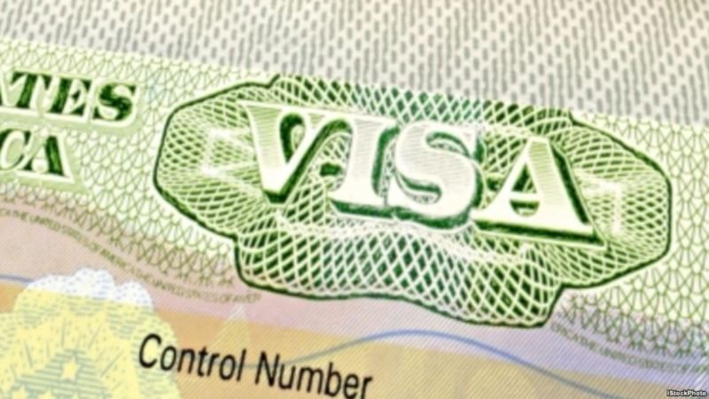 Thousands of Non-US Job Seekers Apply for H1-B Visas