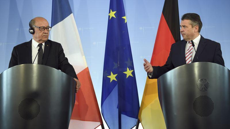 Germany, France Pledge New Efforts to Strengthen Eurozone