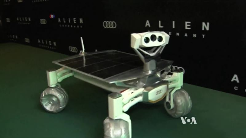 New Rover to Make Moon Landing Next Year