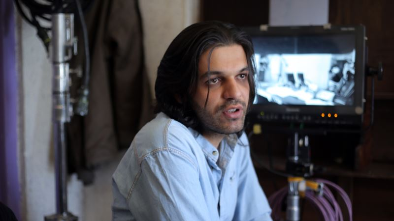 Iranian Filmmaker Jailed Over His Work Released Early