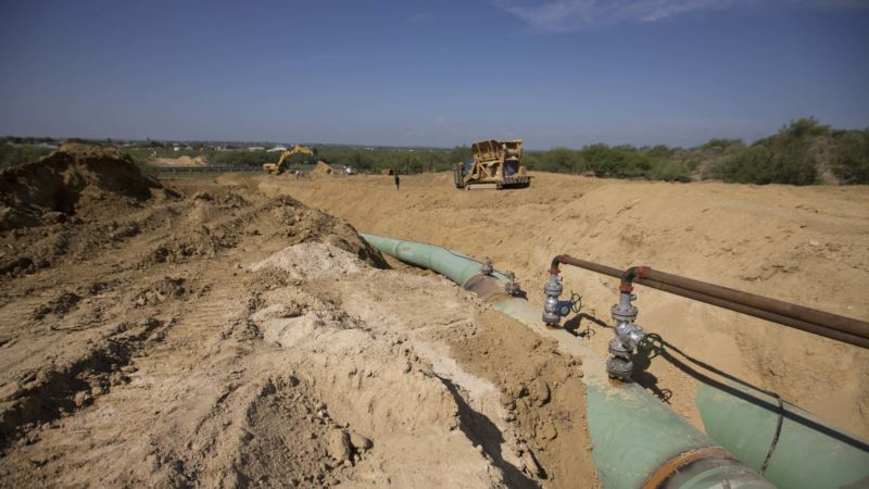 Mexico Targets Suppliers, Buyers in Move Against Fuel Theft