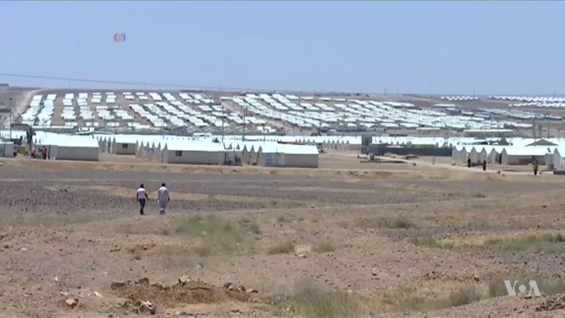Solar Power Lights Up Syrian Refugee Camp in Jordan