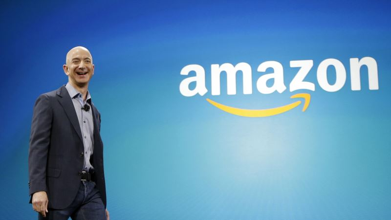 Amazon Founder Gives $1 Million to Support Press Freedom