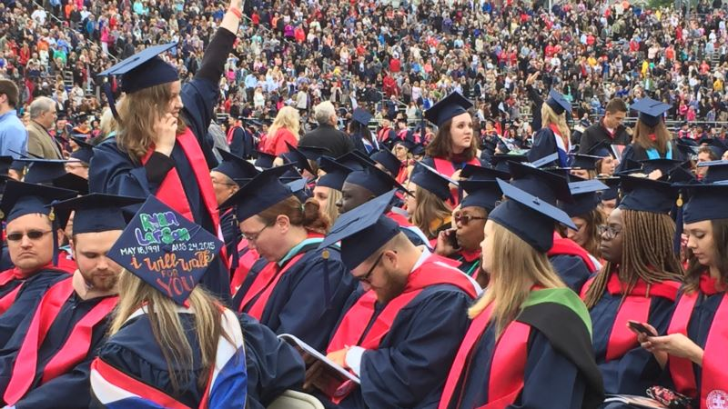 Hey, Graduates: Good Jobs Exist With or Without 4-Year Degree