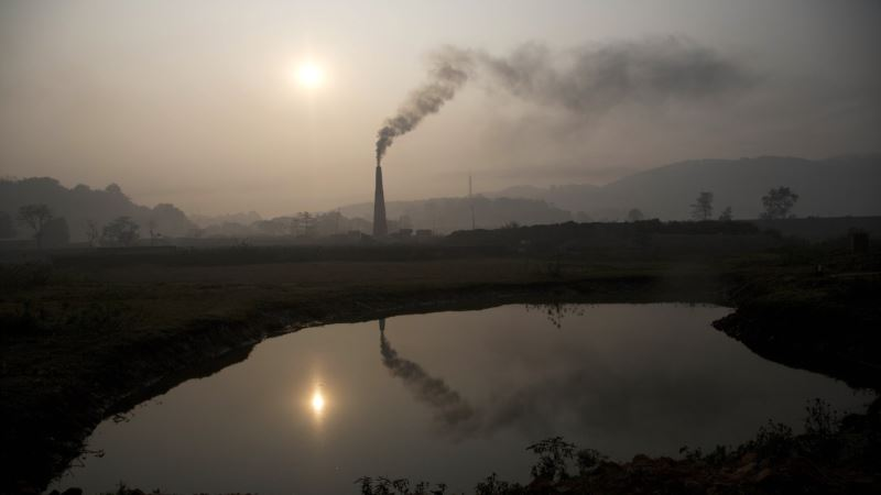 Scientists Propose More Precise Way to Measure Greenhouse Gas Effects
