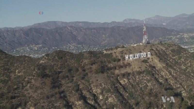 Writers Venture to Los Angeles in Pursuit of Dreams