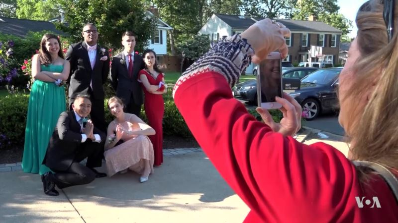 Prom Still an Iconic Dance for Teens in the US