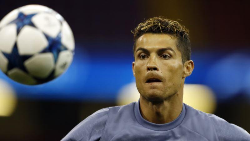 Soccer Star Ronaldo Accused of Tax Evasion