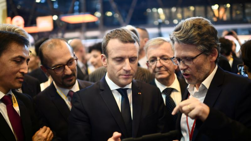 Macron: France Must Be Country That 'Thinks and Moves Like a Startup'