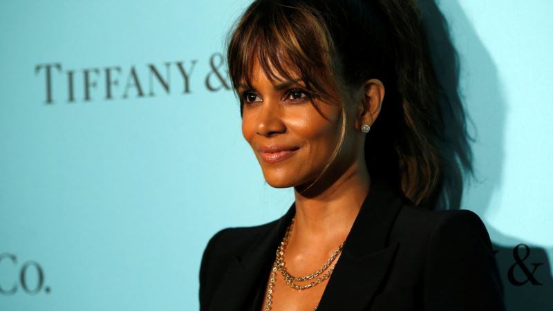 Berry, Rodriguez Speak Out on Diversity, Hollywood