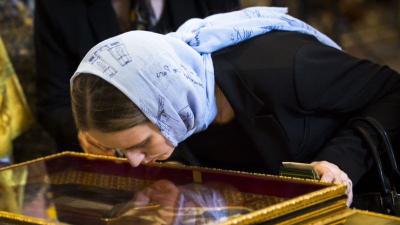 Saint's Relics Are Miraculous Must-see in Secular Russia