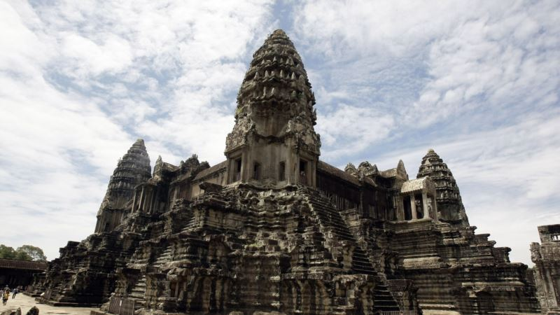 Angkor Wat Takes Top Spot for Tourist Destination