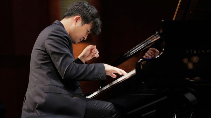 South Korean Yekwon Sunwoo Wins Cliburn Piano Competition
