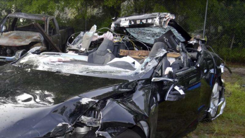 NTSB: Driver Ignored Warnings, Did Not Hold Wheel in Fatal Tesla Crash