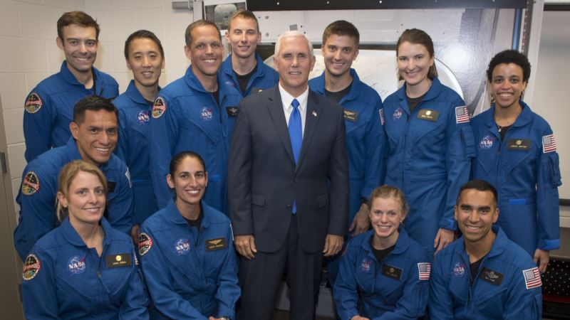 NASA Selects 12 New Astronauts From Crush of Applicants