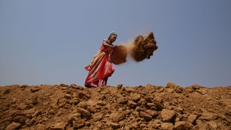 Politics of Death: Lawyers Join Battle Over Land in Mineral-rich Indian State