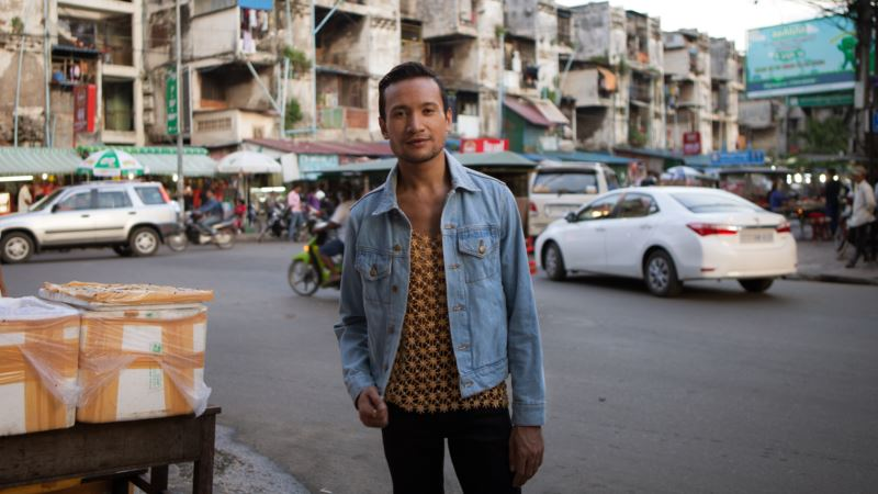 Ambitious Cambodian Dance Troupe Honors Artistic Traditions in New Ways