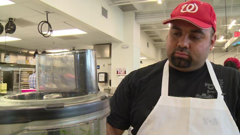 Aspiring Chefs Thrive at 'Restaurant Incubator'