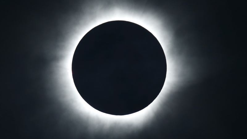 Spectators Gear Up in US for Coast-to-coast Solar Eclipse
