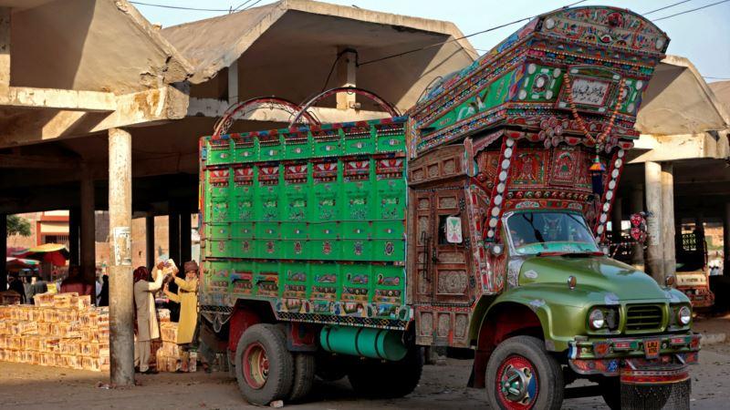 South Asian 'Truck Art' Becomes Global Phenomenon