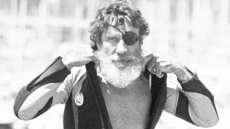 Surfing Icon O'Neill Dies at 94