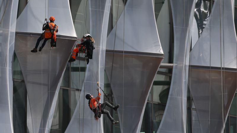 Slavery Thriving on London's Building Sites and in Restaurants, Says Police Chief