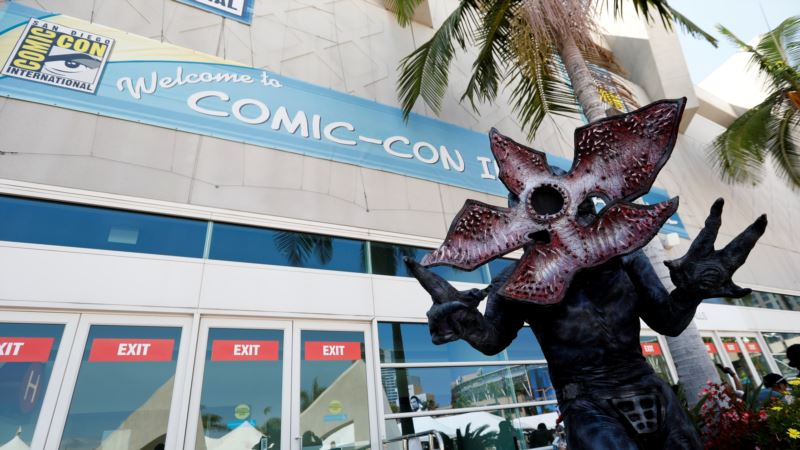 Television Amps Up, Movies Simmer Down at Comic-Con
